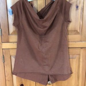 Tops - Brown T-shirt purchased in Italy